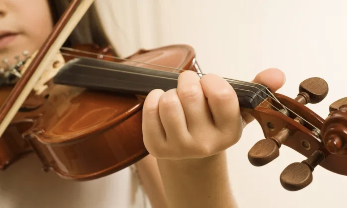 Violin-Lessons-student